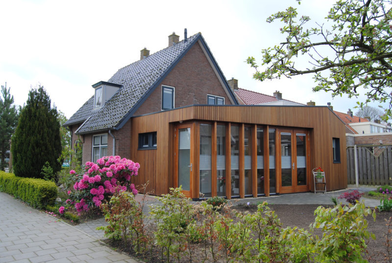 Verbouwing hout glas licht