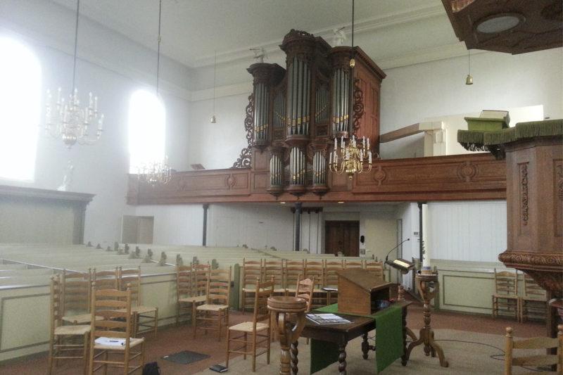Voormalig interieur kerk Heino